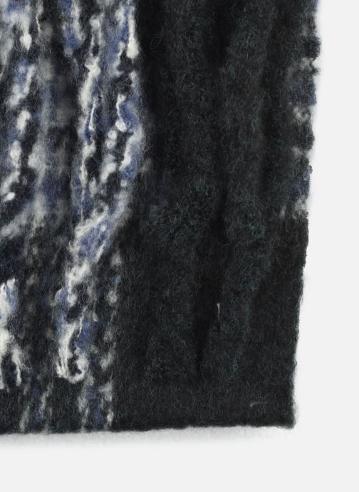 Sciarpa y foulard MOSS COPENHAGEN Noela Nero modello indossato