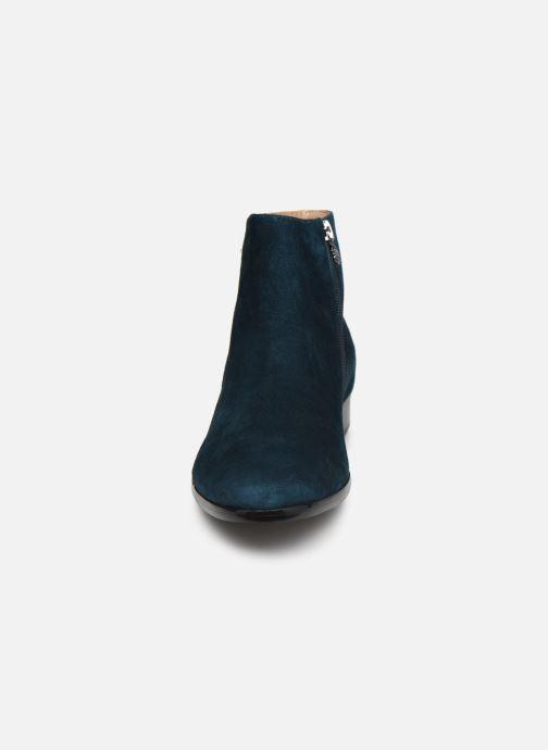 Botines  Karston JOSLO Azul vista del modelo