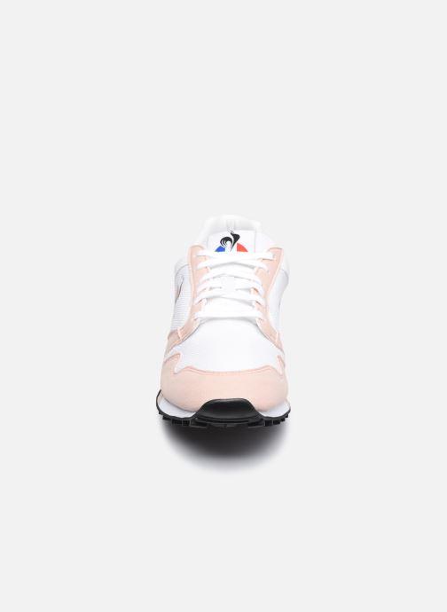 Baskets Le Coq Sportif Manta W Retro Blanc vue portées chaussures