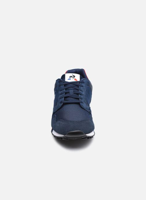 Baskets Le Coq Sportif Manta Bleu vue portées chaussures