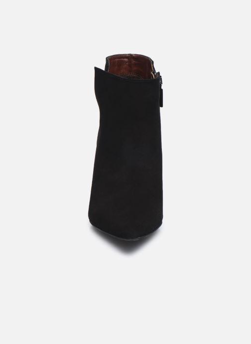 Botines  Perlato 11552 Negro vista del modelo