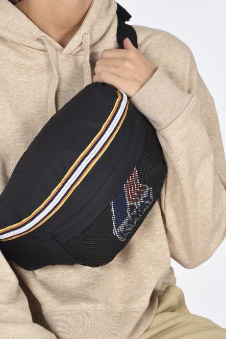 Handtaschen K-Way  Le Vrai 3.0 Kilian schwarz ansicht von unten / tasche getragen