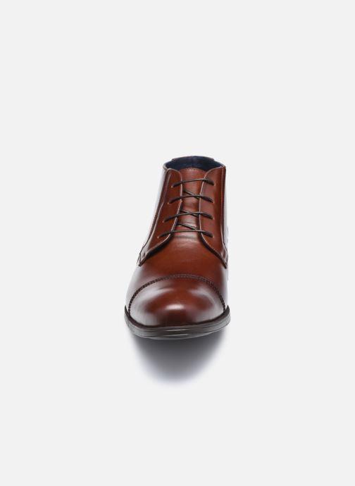 Bottines et boots Fluchos Beta F0681 Marron vue portées chaussures