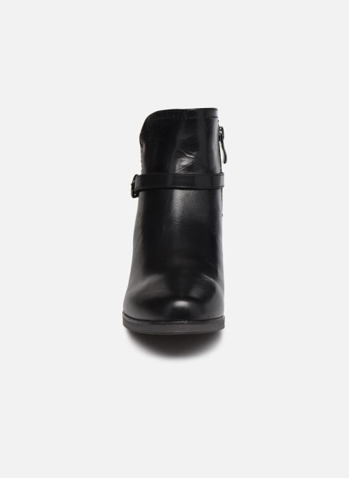 Stiefeletten & Boots Caprice Orlanda schwarz schuhe getragen