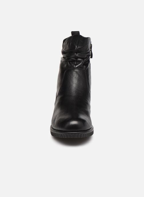 Bottines et boots Caprice Topeka Noir vue portées chaussures