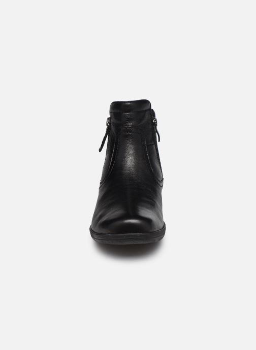 Bottines et boots Caprice Perryton Noir vue portées chaussures