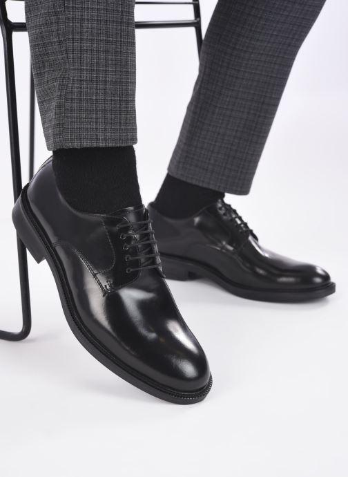 Schnürschuhe Mr SARENZA Romuald schwarz ansicht von unten / tasche getragen