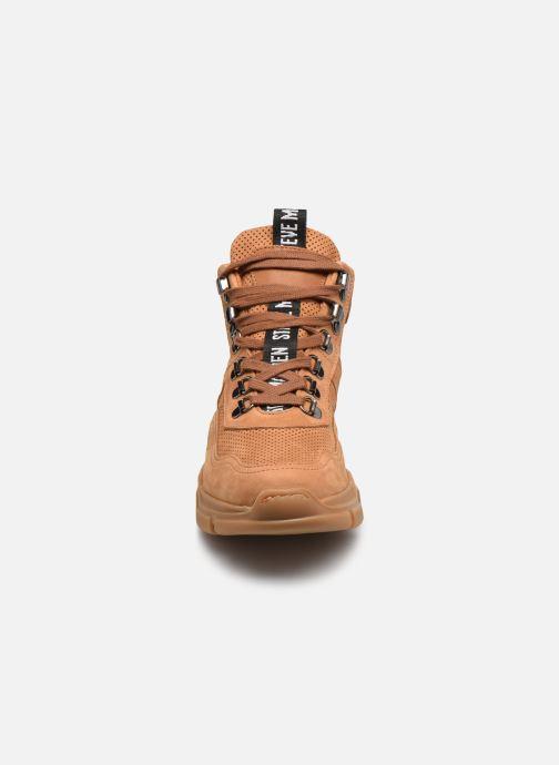 Sneaker Steve Madden OVVAR braun schuhe getragen