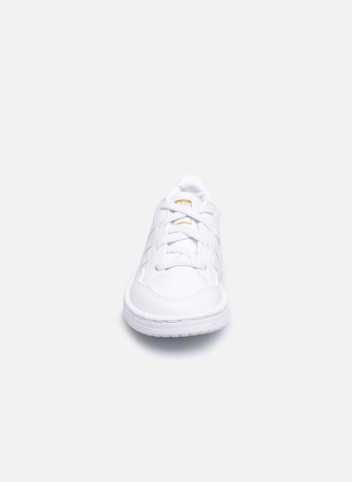 Deportivas adidas originals Team Court El I Blanco vista del modelo