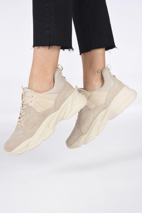 Sneaker Steve Madden MOVEMENT beige ansicht von unten / tasche getragen