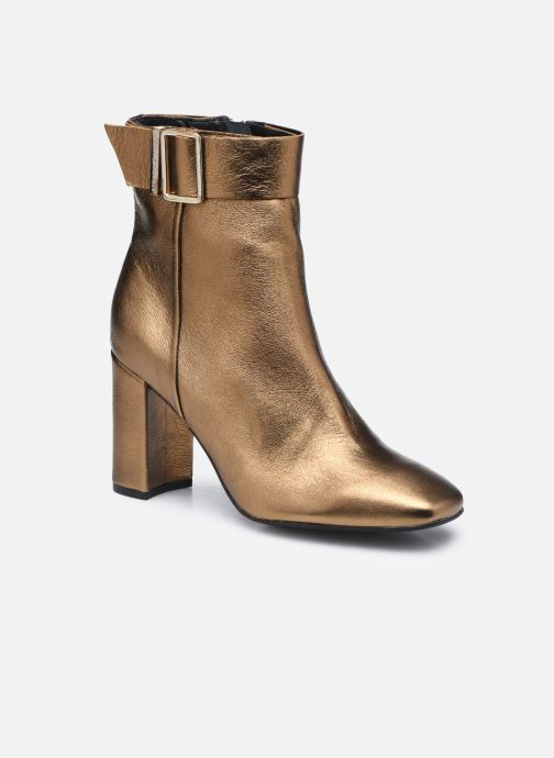 METALLIC SQUARE TOE BOOT