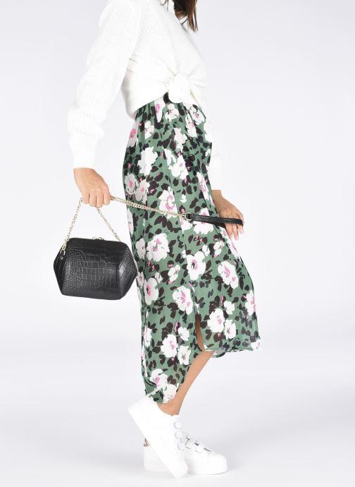 Handtaschen Georgia Rose Prisca schwarz ansicht von unten / tasche getragen
