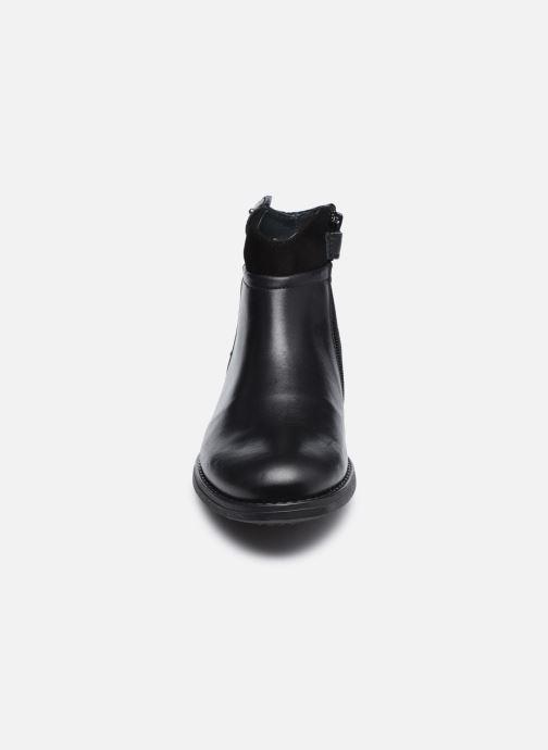 Botines  Ubik 9771 Negro vista del modelo