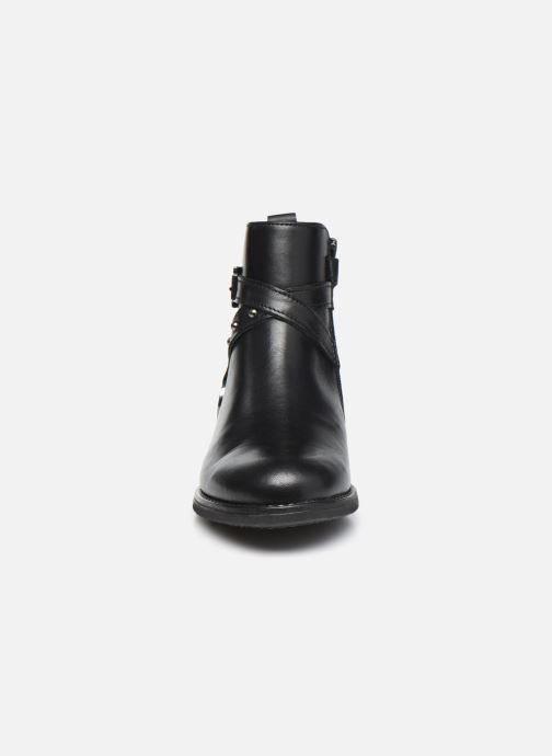Bottines et boots Ubik 9777 Noir vue portées chaussures