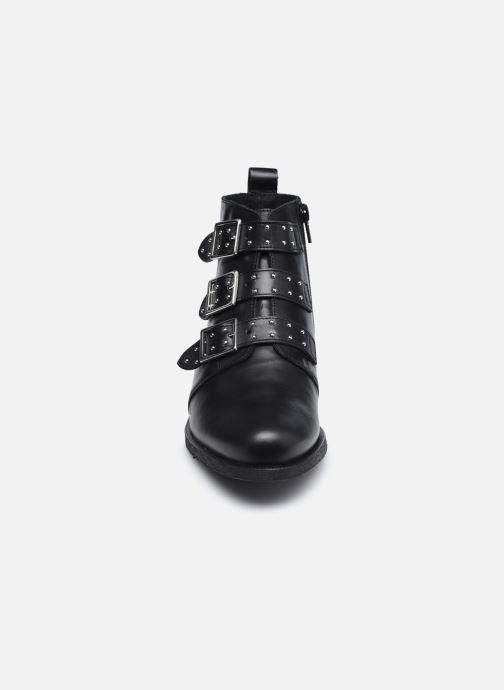Stiefeletten & Boots Georgia Rose Carmilo schwarz schuhe getragen