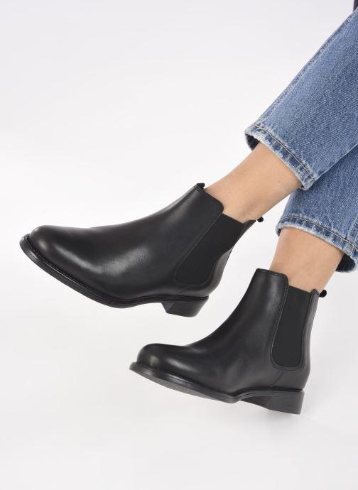 Bottines et boots Georgia Rose Cedra Noir vue bas / vue portée sac