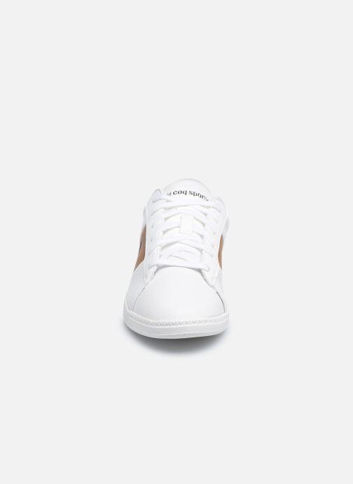 Sneakers Le Coq Sportif COURTCLASSIC GS Bianco modello indossato