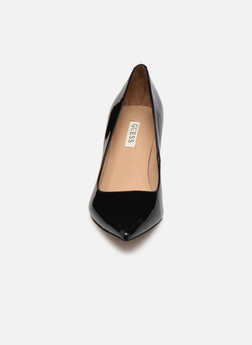 Zapatos de tacón Guess FL7DA2 PAF08 Negro vista del modelo