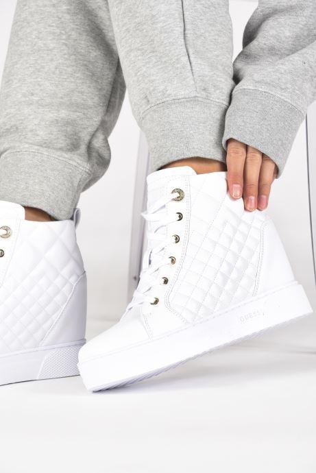 Sneakers Guess FL7FAE ELE12 Bianco immagine dal basso