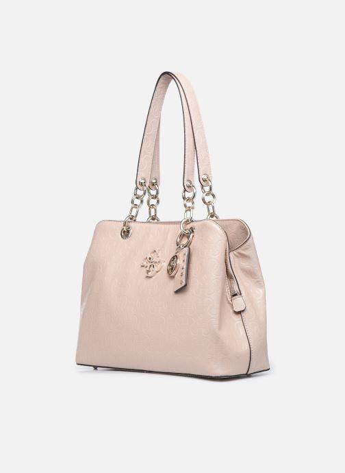 Bolsos de mano Guess CHIC SHINE LARGE GIRLFRIEND SATCHEL Rosa vista del modelo