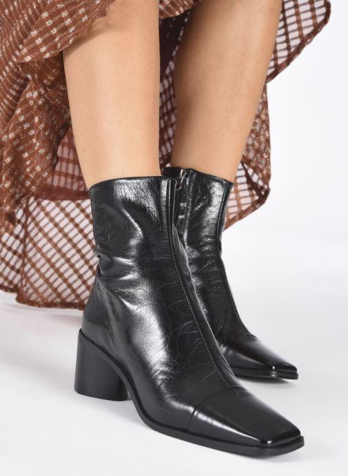 Stiefeletten & Boots Jonak BRISEIS schwarz ansicht von unten / tasche getragen