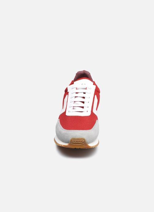 Baskets Piola Acoy M Rouge vue portées chaussures