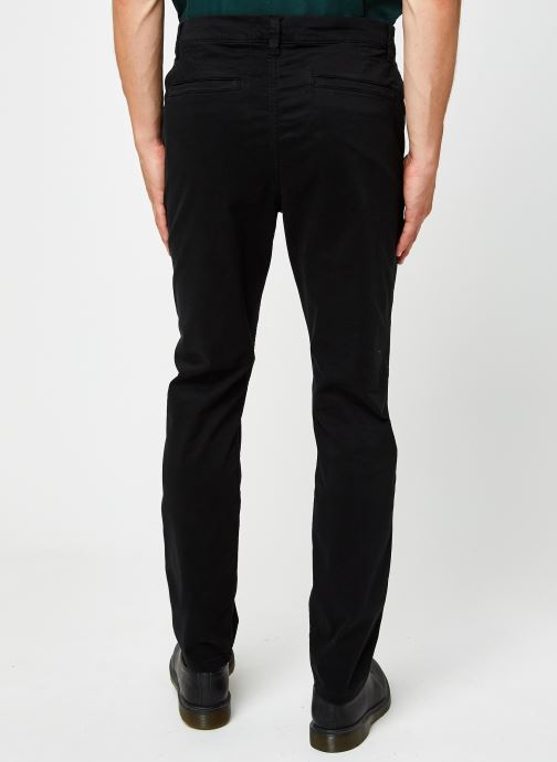 Vêtements Only & Sons Onswill Life Regular Chino Noir vue portées chaussures