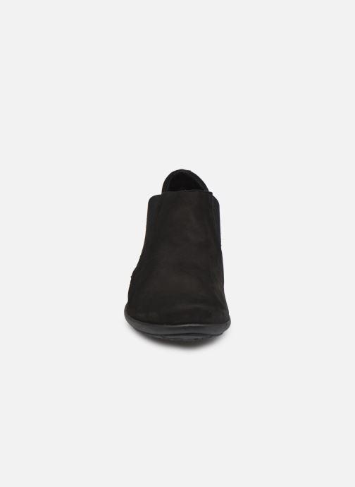 Bottines et boots Mephisto NELLIE C Noir vue portées chaussures