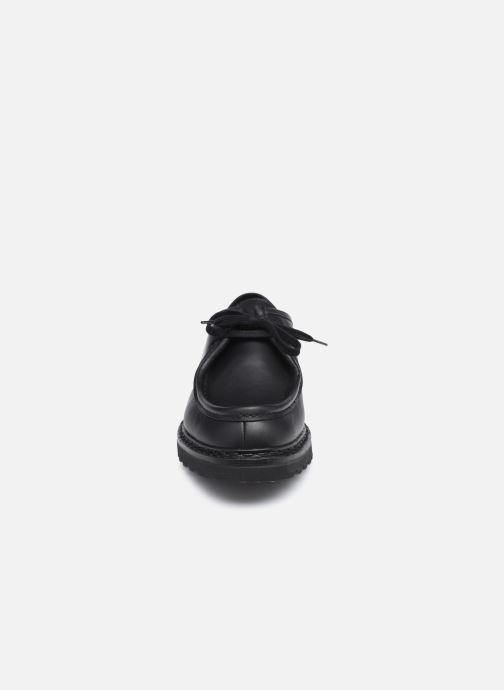 Scarpe con lacci Mephisto PEPPO C Nero modello indossato