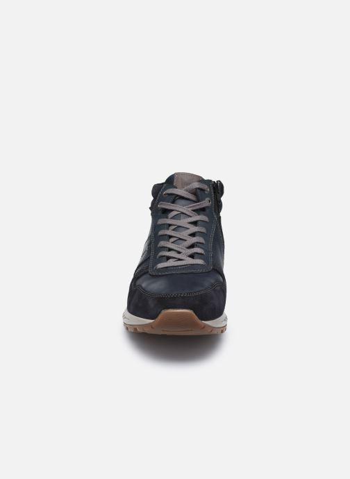 Sneakers Mephisto BORAN C Azzurro modello indossato