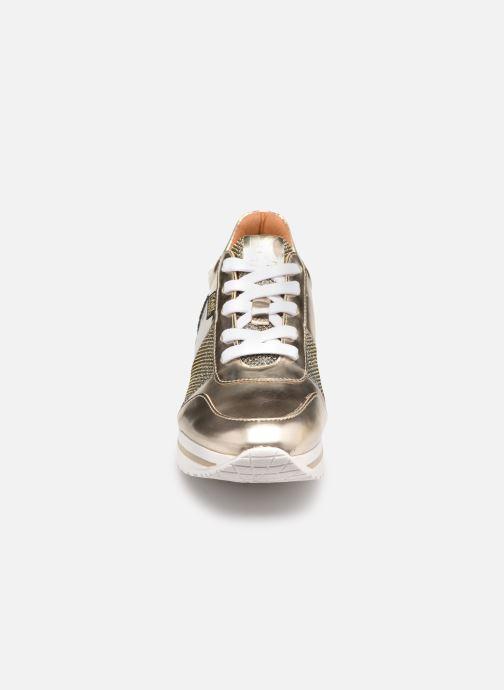 Sneaker Karl Lagerfeld Z19042 gold/bronze schuhe getragen