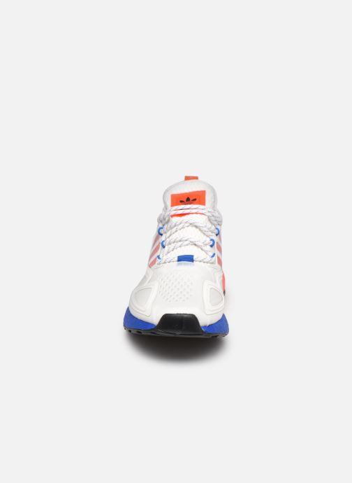 Sneakers adidas originals Zx 2K Boost Bianco modello indossato