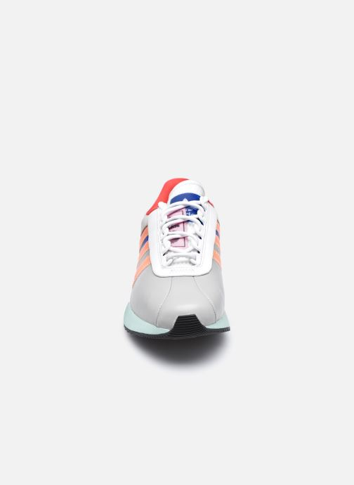 Sneakers adidas originals Sl Andridge W Multicolore modello indossato