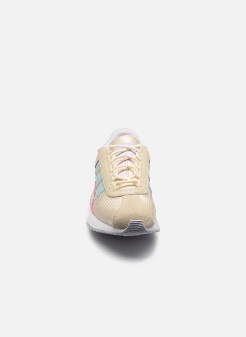 Sneaker adidas originals Sl Andridge W beige schuhe getragen