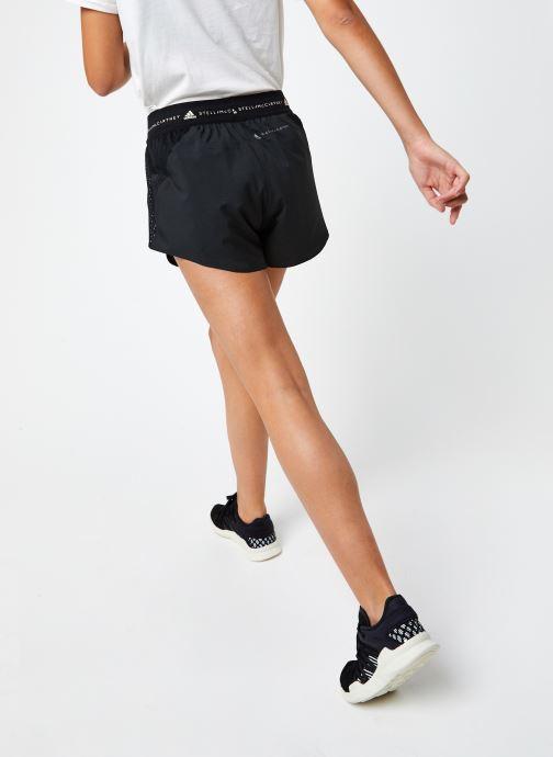 Vêtements adidas by Stella McCartney Truepace Short Noir vue portées chaussures