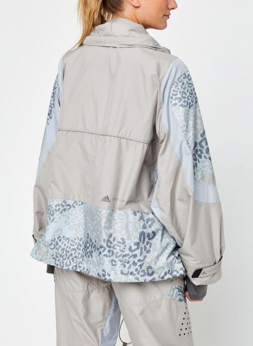 Vêtements adidas by Stella McCartney Training Jkt Beige vue portées chaussures