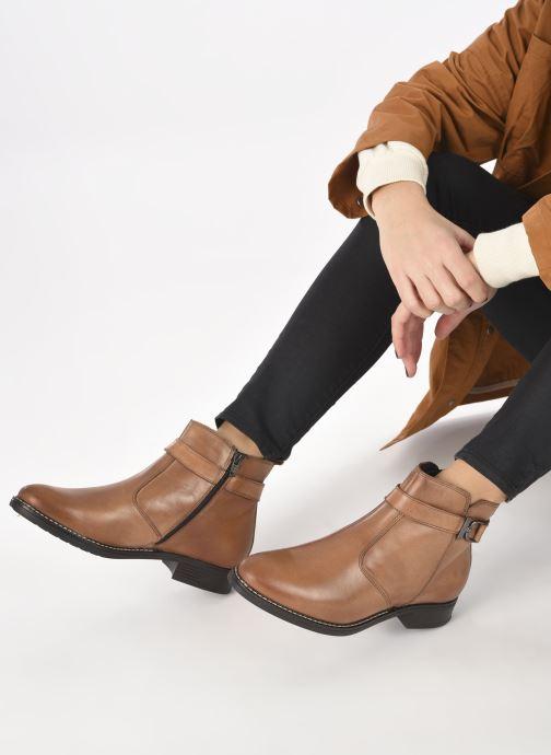 Bottines et boots Tamaris Eléa Marron vue bas / vue portée sac