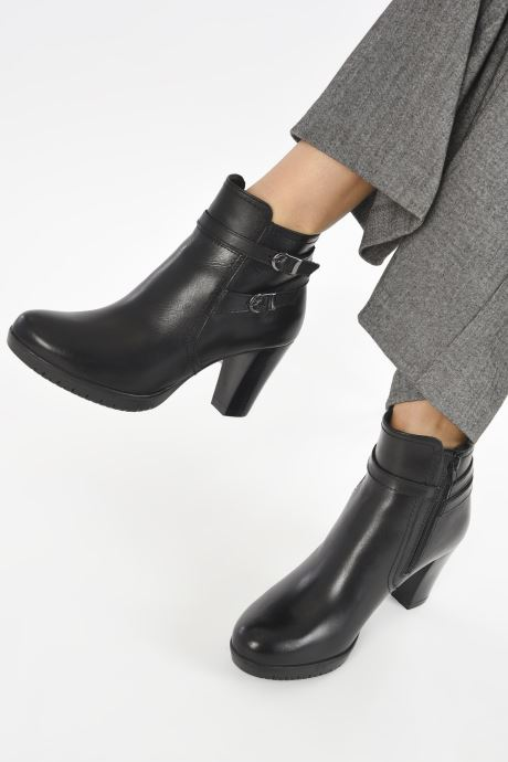 Stiefeletten & Boots Tamaris Nevan schwarz ansicht von unten / tasche getragen