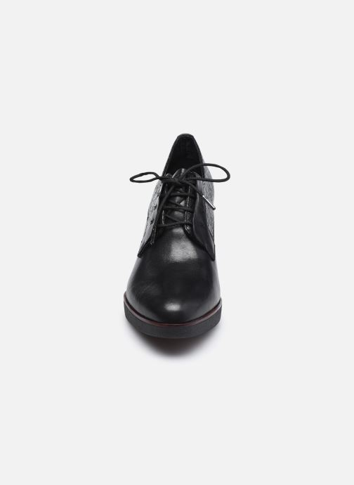 Zapatos con cordones Tamaris Kuba Negro vista del modelo