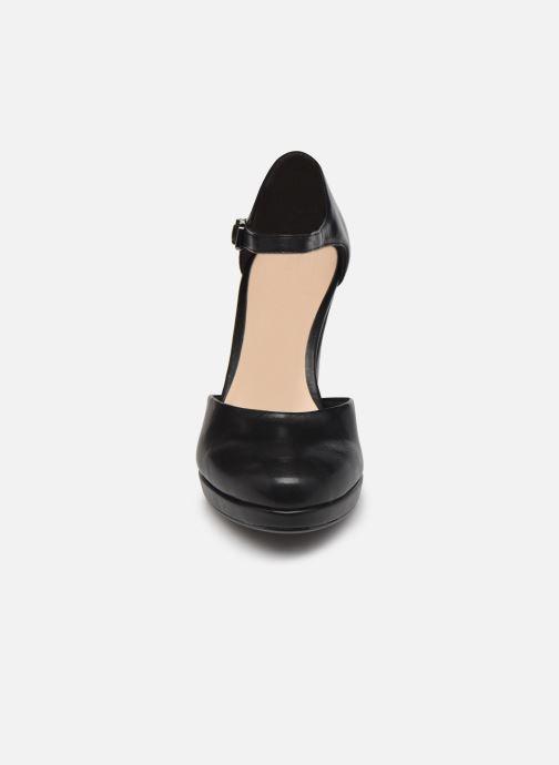 Zapatos de tacón Tamaris Tsipa Negro vista del modelo