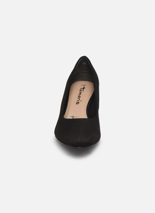 Zapatos de tacón Tamaris Georgia Negro vista del modelo