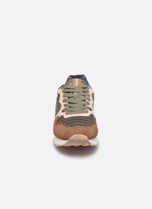 Baskets MTNG 69441 Marron vue portées chaussures