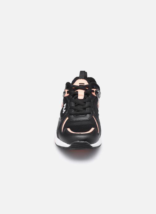 Sneaker FILA HORIZON RUN JR schwarz schuhe getragen