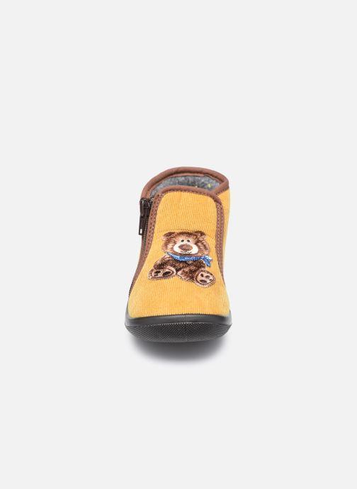 Chaussons Bopy Agaga Jaune vue portées chaussures
