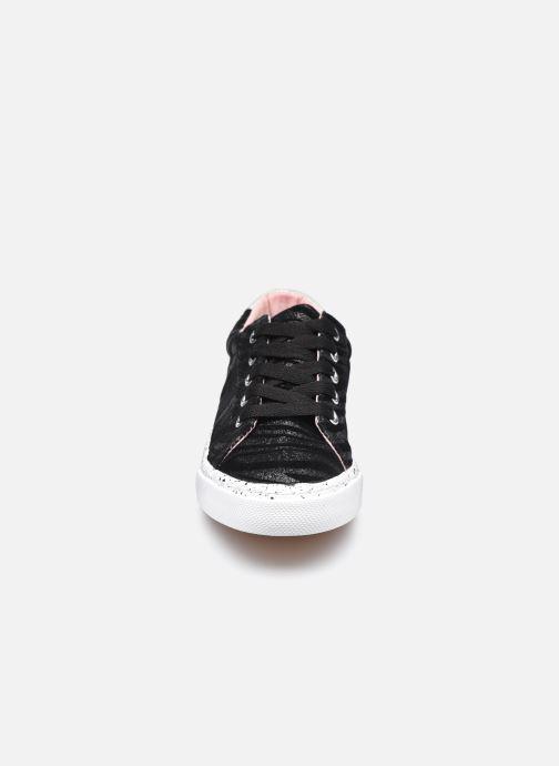 Sneaker Bopy Giona Lilybellule schwarz schuhe getragen