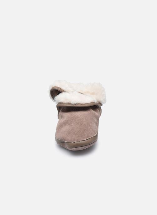 Chaussons Robeez Cosy Boot Marron vue portées chaussures