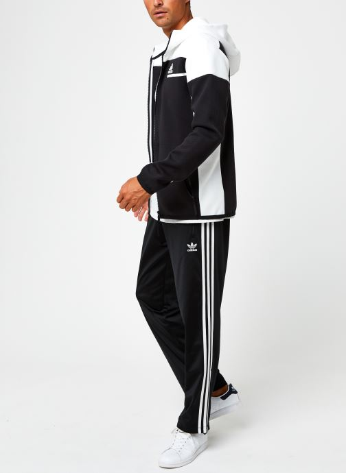Vêtements adidas originals Fbird Tp Noir vue bas / vue portée sac