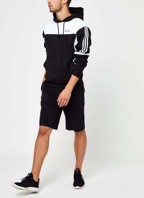 Vêtements adidas originals Classics Hoody Noir vue bas / vue portée sac
