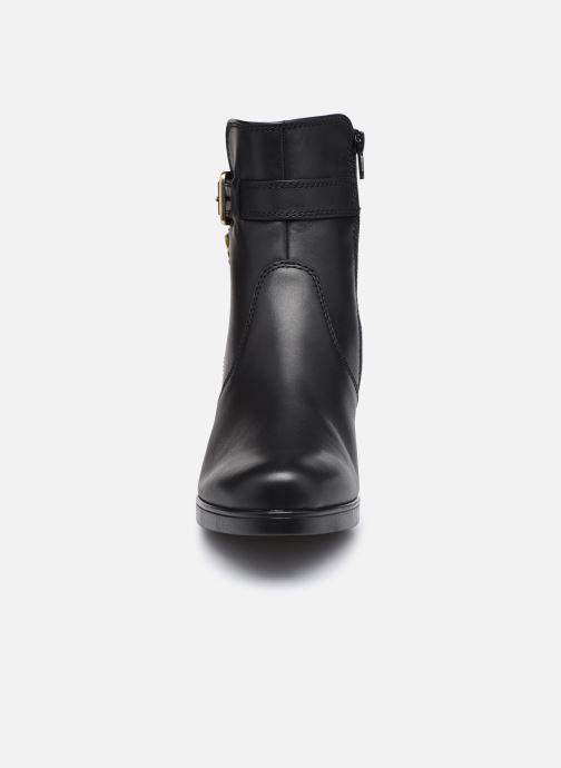Bottines et boots Gabor Maéva Noir vue portées chaussures