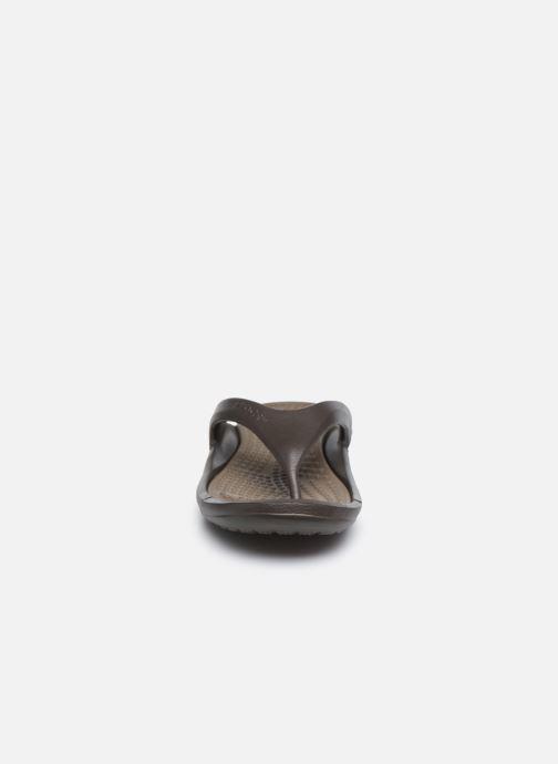 Zehensandalen Crocs Athens M braun schuhe getragen